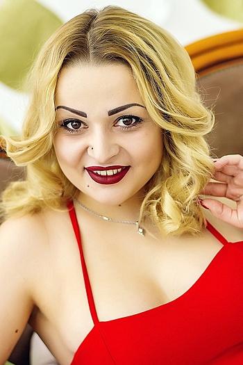 Liliya age 24