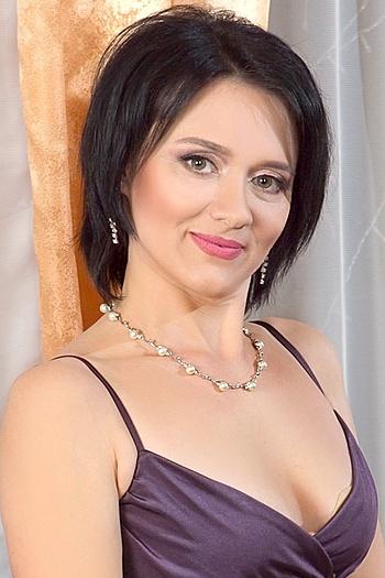 Anna age 38