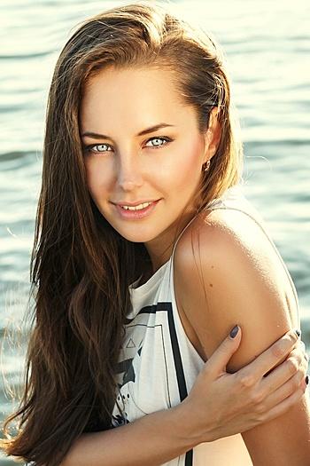 Anastasiya age 27