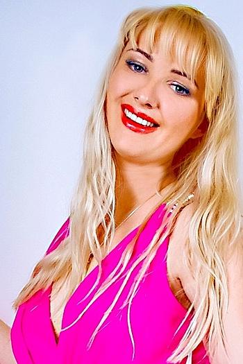 Khrystyna age 27