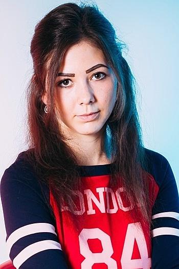Ekaterina age 21