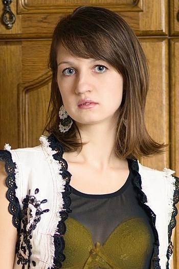 Anna age 30