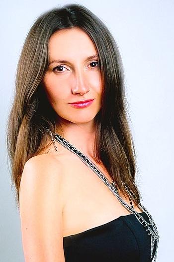 Anna age 35