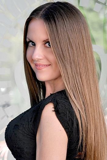 Julia age 31