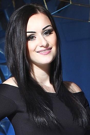 Sofi age 24