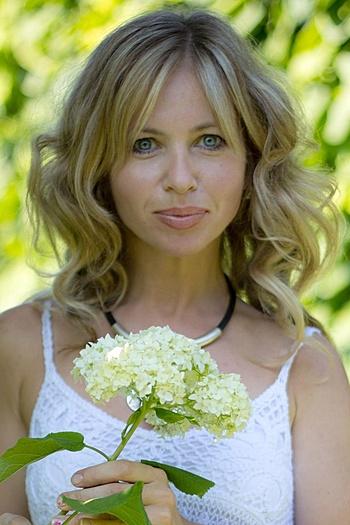 Aleksandra age 40