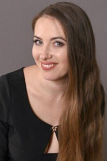 Katerina age 33