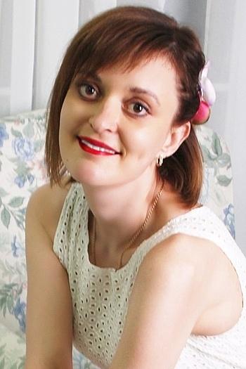 Alina age 30