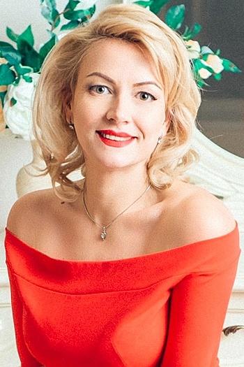 Svetlana age 37
