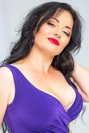 Tatiana age 37