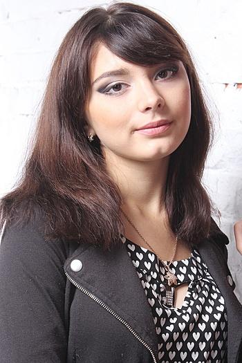 Yuliya age 20