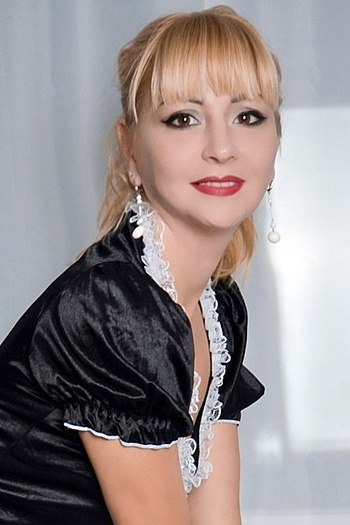 Anna age 39