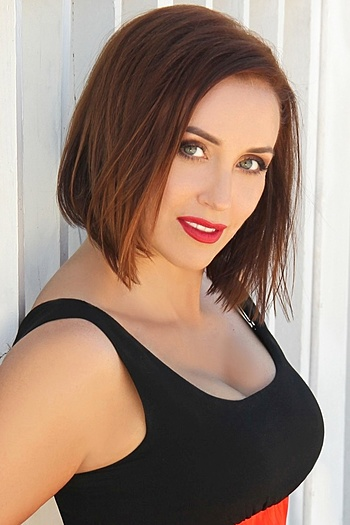 Larisa age 44