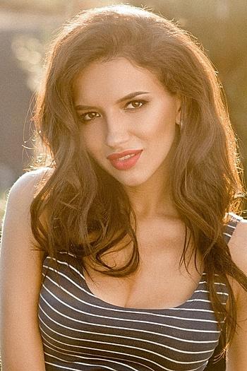 Kseniya age 24