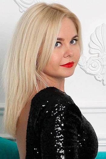 Mariana age 31