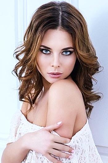 Ksenia age 25