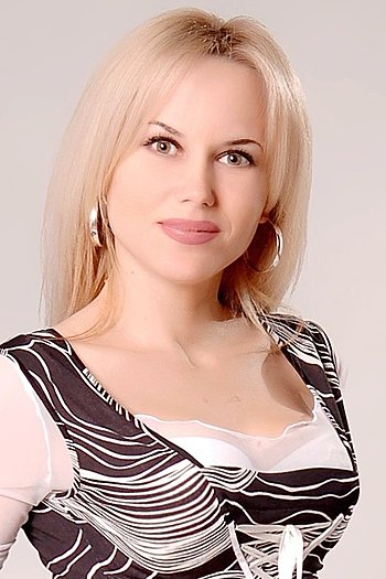 Lyudmila age 39