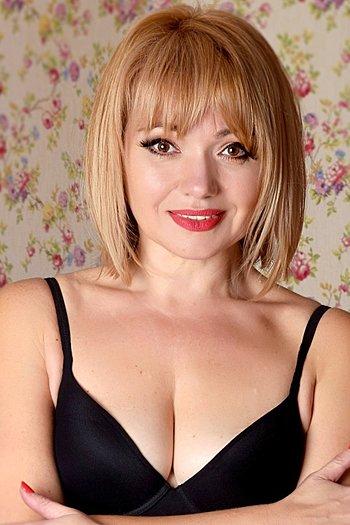 Natalia age 48