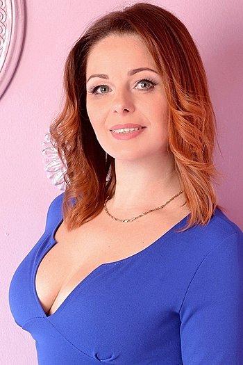 Olesya age 44