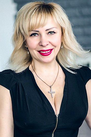 Victoriya age 46