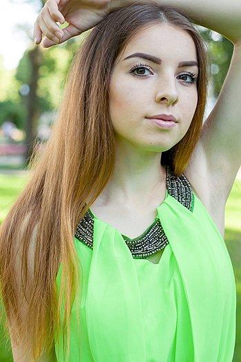 Anna age 18