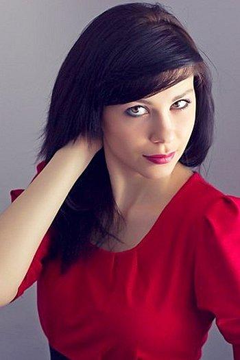 Yulia age 25