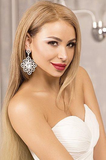 Natalia age 36