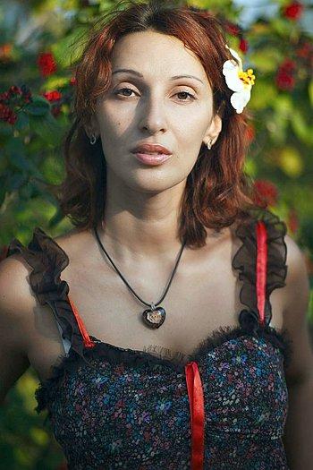 Nadezda age 39