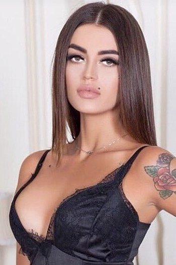 Veronica age 23