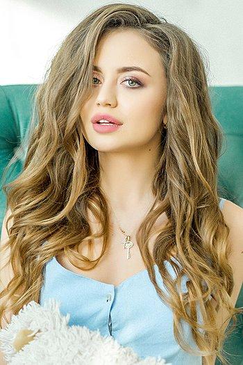 Polina age 21