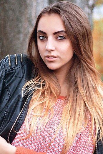 Ludmila age 22