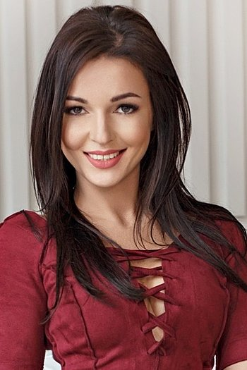 Ksenia age 31
