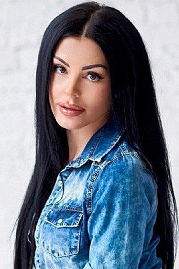 Nataliya age 35