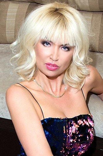 Victoria age 51