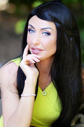 Nataliya age 42