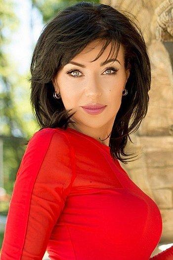 Elena age 51