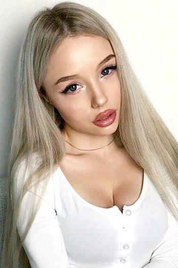 Kristina age 23
