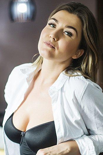 Aleksandra age 31