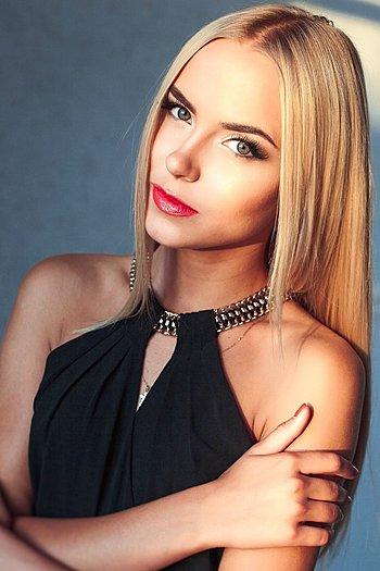 Kristina age 22