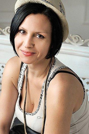 Ekaterina age 40