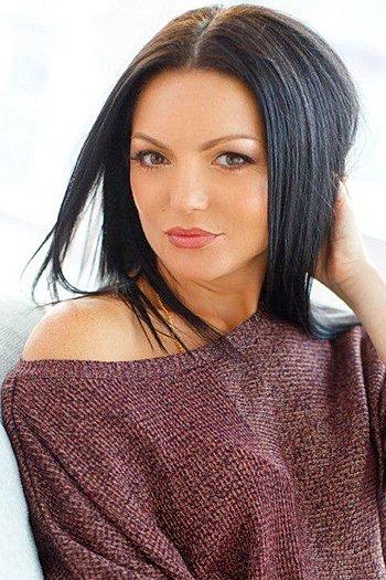 Lyudmila age 45